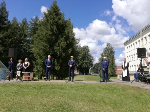 """Įteikti medaliai """"Už reikšmingą indėlį Lietuvos žmonių sveikatai"""""""