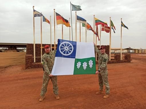Kelmės miesto vėliava ir Afrikoje