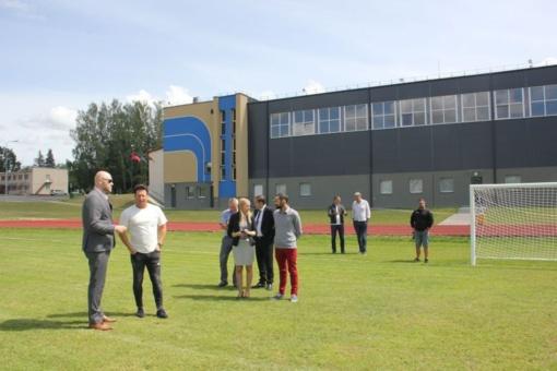 Visagino miesto delegacija domėjosi Elektrėnų savivaldybės futbolo akademijos veikla