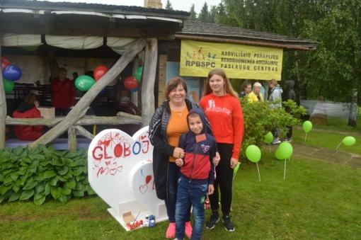 """RPBSPC Globos centro padėkos šventė-stovykla globėjams (rūpintojams) ir globojamiems vaikams """"Mes kartu"""""""