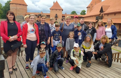 Radviliškio rajono gausios šeimos keliavo į ežerų miestą