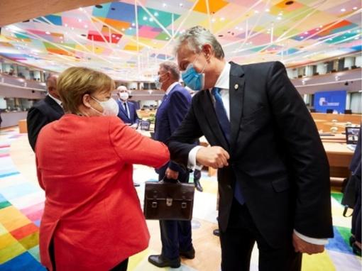 Tvyrant įtampai, G. Nausėda Briuselyje tęsia derybų maratoną dėl ES biudžeto