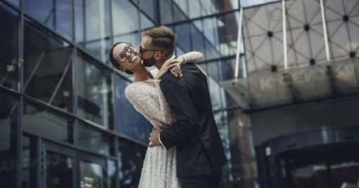 Tituluota gimnastė vestuvių dieną priminė elegantišką gulbę