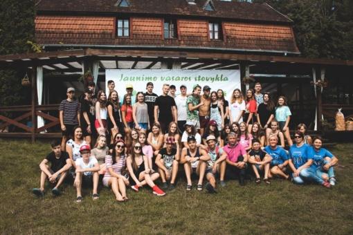 Rajono jaunimo laukia dvi vasaros stovyklos prie Niedaus