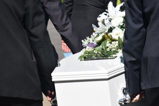 Čikagoje per laidotuves įsiplieskus šaudynėms nukentėjo 14 žmonių