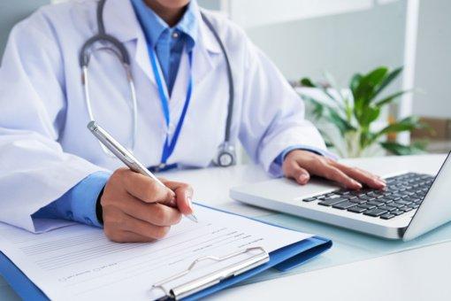 Vyriausybė atsisakys rekomendacijos prioritetą teikti nuotolinėms gydytojų konsultacijoms