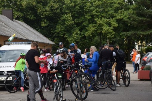 Po Biržų apylinkes riedėjo orientacinio dviračių žygio dalyviai