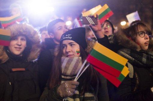 Vyriausybė pritarė, kad sausio 13-oji galėtų būti nedarbo diena