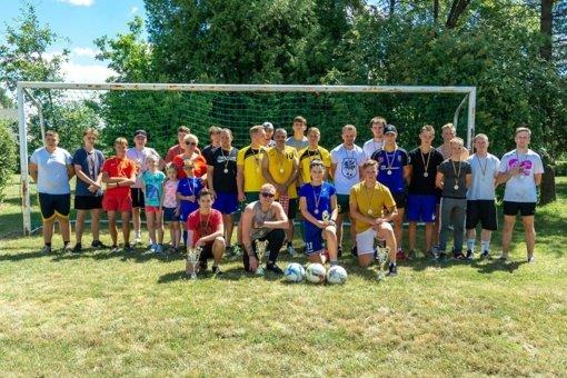 Stakliškiečiai varžėsi futbolo turnyre