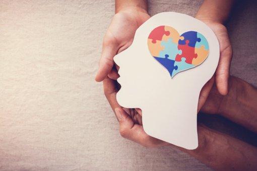 7 psichologiniai triukai, kurie privers žmones jus pamėgti