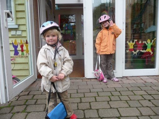 Vaikas pradeda lankyti darželį: kokių priemonių reikia? Mamos patarimai