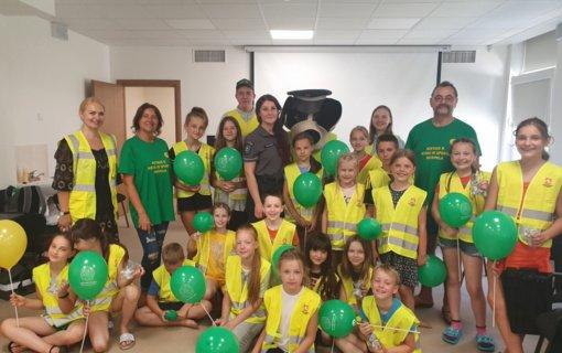 Vasarą Alytaus AVPK bendruomenės pareigūnai ypatingą dėmesį skiria vaikams