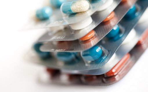 Nelegalioje rinkoje platinami padirbti ir gyvybei pavojingi raminamieji vaistai