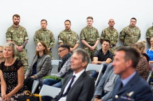 Tarptautinėje parodoje – žvilgsnis į NATO karių kasdienybę Šiauliuose