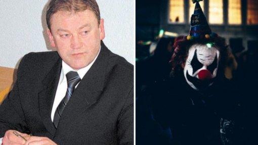 """Kalvarijoje – politinis cirkas: posėdžio metu klounu pavadintas meras supyko, kad buvo pavadintas """"klaunu"""""""