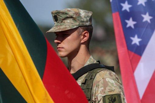 Pabradėje vyksta tarptautinės karinės pratybos, dalyvauja ir JAV kariai