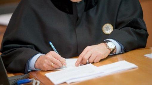 Skandalingi vilniečio advokato metodai: kreipėsi į teismą dėl 110 tūkst. eurų skolos, kurią jau buvo atgavęs