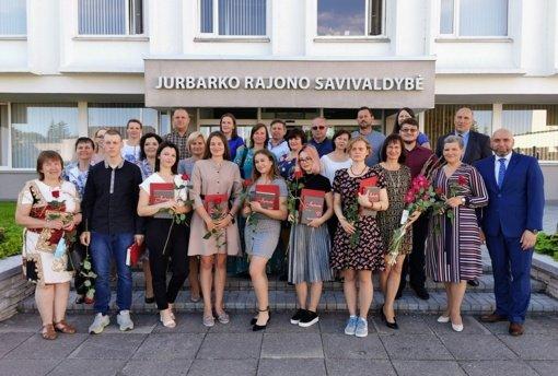 Pagerbti aukščiausius balus surinkę Jurbarko rajono abiturientai