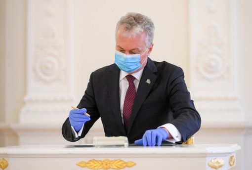 S. Skvernelis prašė politikų nesikišti į FNTT tyrimą dėl greitųjų testų: priminė Konstitucijos įgaliojimus G. Nausėdai