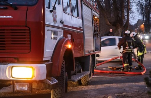 Gyvenamajame name kilo gaisras – išgelbėjo dūmų detektorius