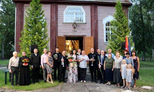 Kraštiečių šventė Bazilionuose kvietė į muzikos, meno ir maldos savaitgalį