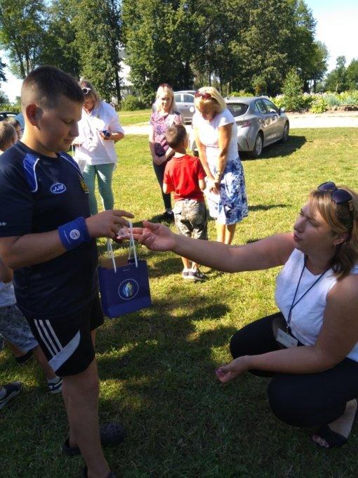 Jaunieji stovyklautojai susipažino su vaiko teisių gynėjo profesija