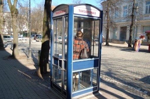 Taksofonų Lietuvoje gali nelikti dar šiemet
