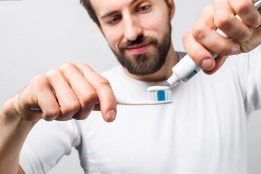 Kodėl vyrams reikia minkšto dantų šepetėlio?