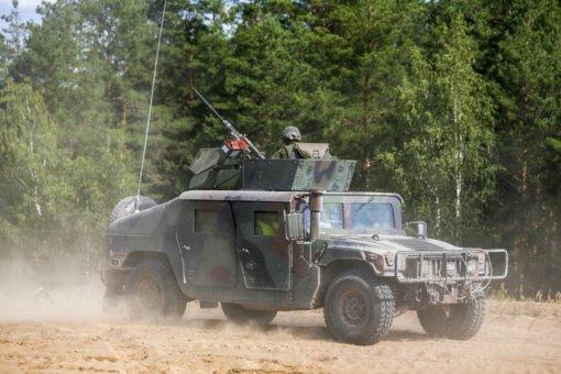 Į karines pratybas Pabradėje R. Karoblis atvyko JAV kariniu sraigtasparniu: JAV kariai Lietuvoje – vienas geriausių atgrasymo veiksnių