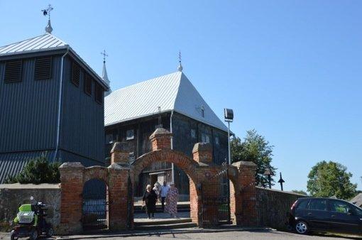 Sedos bažnyčioje – neeilinė diena: švęsti tituliniai Žolinės atlaidai