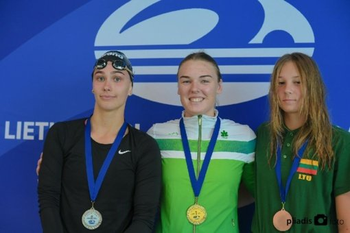 Sėkmingi Raimundo Sargūno sporto gimnazijos plaukikų startai