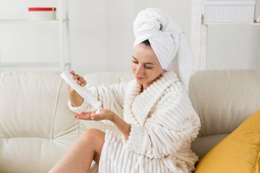 Kaip prižiūrėti kūno odą po atostogų?