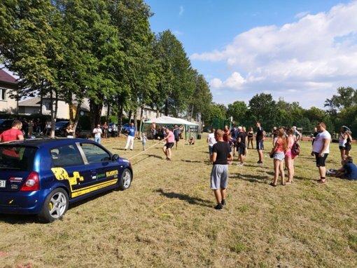 Sporto šventė Luksnėnuose: azartiškos kovos, pietums du patiekalai ir profesionalų susidomėjimas
