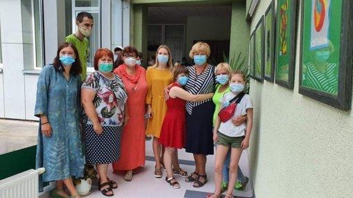 """Socialinių paslaugų centre atidaryta paroda """"Vasaros spalvos"""""""