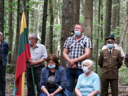 Jurbarke prie generolo Jono Žemaičio-Vytauto vadavietės paminėta Baltijos kelio diena