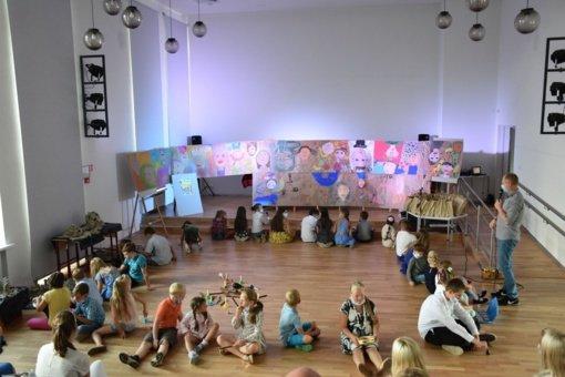 """Vaikų užimtumo stovykla """"Draugystė"""" – tiltas tarp Varėnos ir Ščiučino menų mokyklų"""