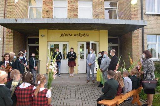 Vilkaviškio rajono mokyklose šurmuliavo Rugsėjo 1-osios šventės džiaugsmas