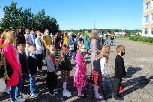 Jurbarko rajono pirmokus pasieks piniginė parama ir nemokami pietūs