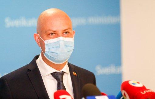Ministras: didelės rizikos savivaldybėse bus testuojama daugiau medikų