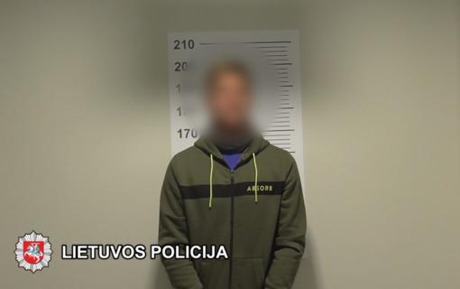 Klaipėdos kriminalistai sulaikė du asmenis įtariamus ketinus platinti psichotropines medžiagas