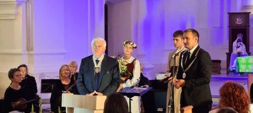 Įsibėgėja Šiaulių miesto gimtadienis: inauguruotas 43-asis garbės pilietis
