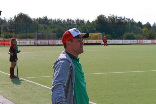 Startavo moterų žolės riedulio čempionatas