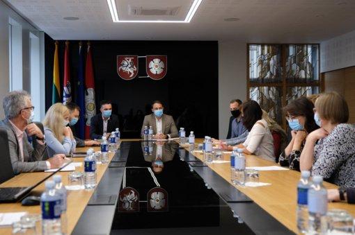 Dėl naujos gamyklos Pramonės rajone – papildomi savivaldybės klausimai