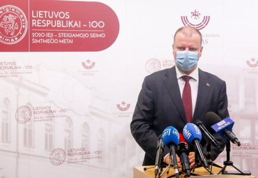 S. Skvernelis smerkia ES sankcijų Lenkijai idėją
