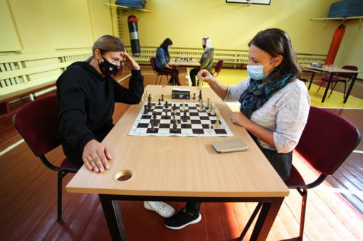 Anykščiuose vyko seniūnijų šachmatų ir štangos spaudimo varžybos