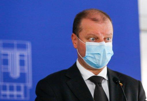 S. Skvernelis tikisi, kad vakcinų pirkimo klausimas bus svarstomas VGT: oficialaus Prezidentūros atsakymo negavau