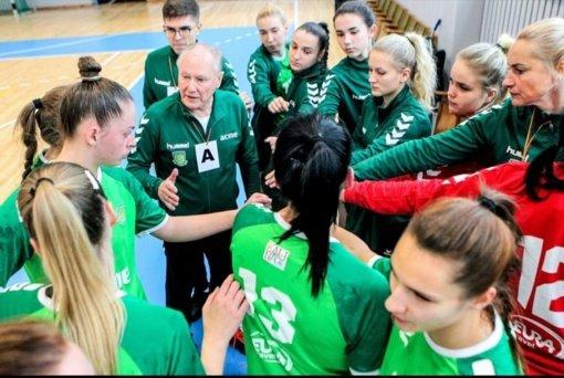 Moterų rankinio sezonas startuos Supertaurės rungtynėmis