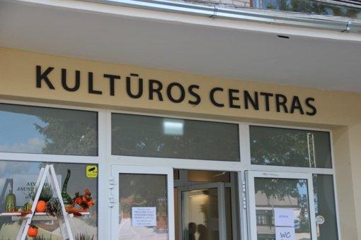 Krakės savo gimtadienį pasitiko renovuotame Kultūros centro pastate