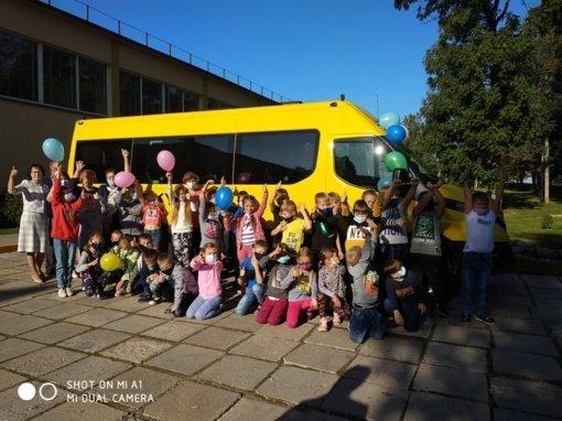 Krokialaukio Tomo Noraus-Naruševičiaus gimnazijai skirtas naujas mokyklinis autobusas