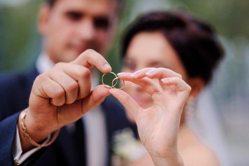 Vestuviniai žiedai: kokios tradicijos vyrauja pasaulyje?